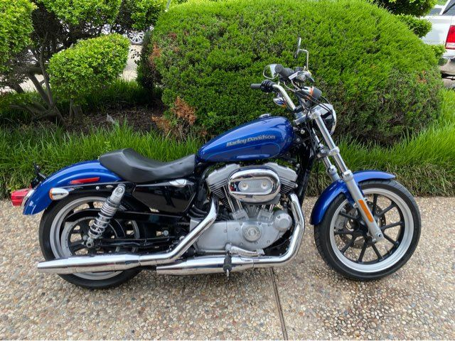 2017 Harley-Davidson XL883 SuperLow Sportster