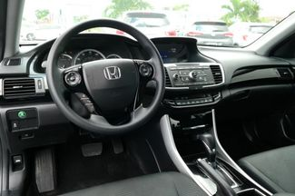 2017 Honda Accord LX Hialeah, Florida 11