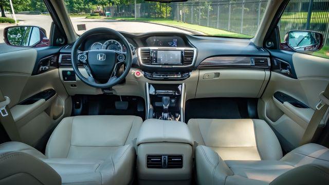 2017 Honda Accord EX-L V6 in Memphis, TN 38115