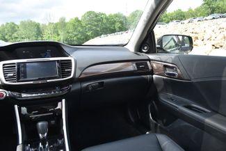2017 Honda Accord EX-L Hybrid Naugatuck, Connecticut 13