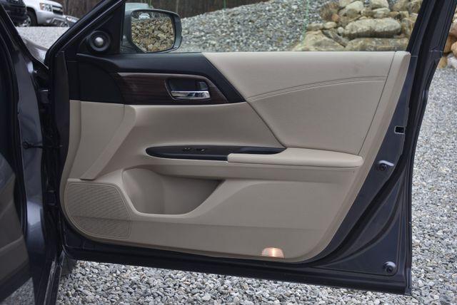 2017 Honda Accord Hybrid EX-L Naugatuck, Connecticut 10