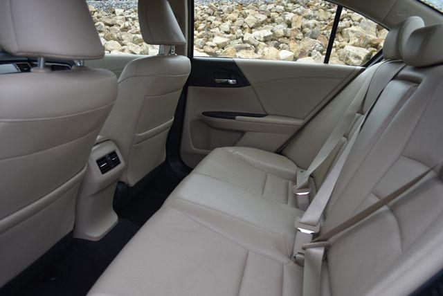 2017 Honda Accord Hybrid EX-L Naugatuck, Connecticut 14