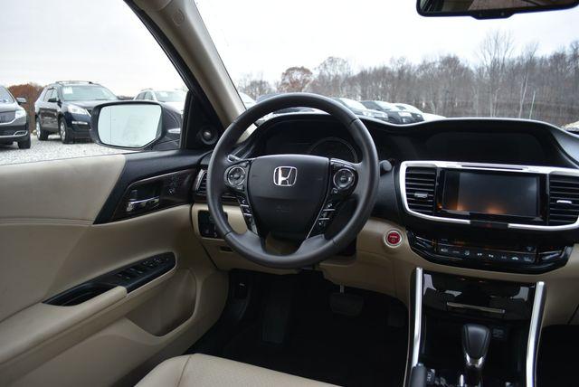 2017 Honda Accord Hybrid EX-L Naugatuck, Connecticut 15