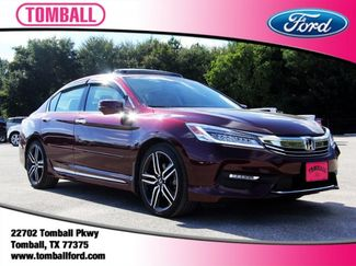 2017 Honda Accord Touring in Tomball, TX 77375
