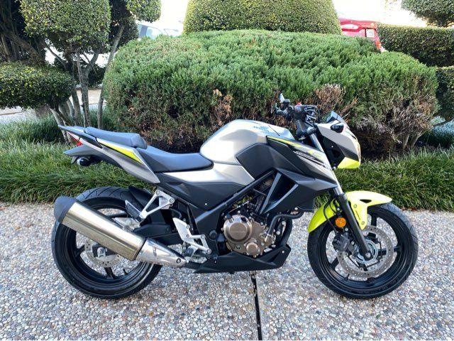 2017 Honda CB300FA