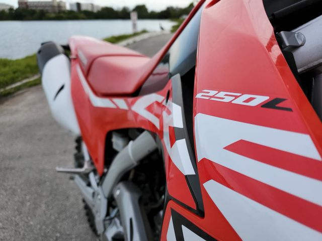2017 Honda CRF 250 in Dania Beach , Florida 33004