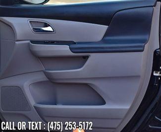 2017 Honda Odyssey SE Waterbury, Connecticut 22