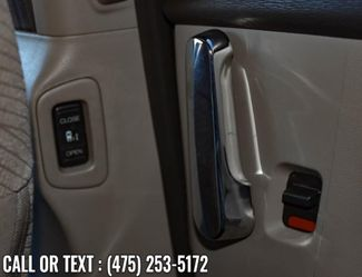 2017 Honda Odyssey SE Waterbury, Connecticut 23