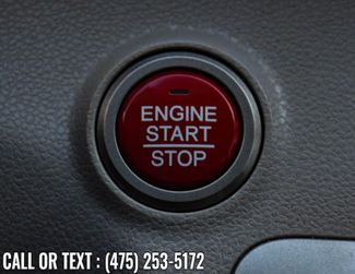 2017 Honda Odyssey SE Waterbury, Connecticut 31
