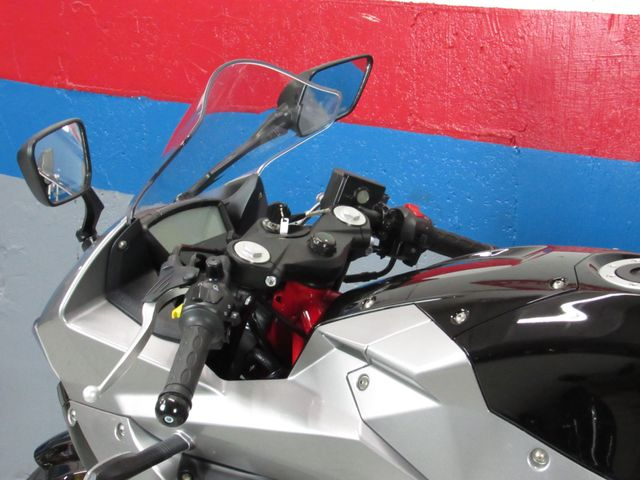 2017 Hyosung GD250R in Dania Beach , Florida 33004