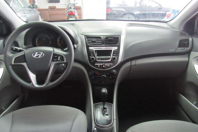 2017 Hyundai Accent SE Chicago, Illinois 9