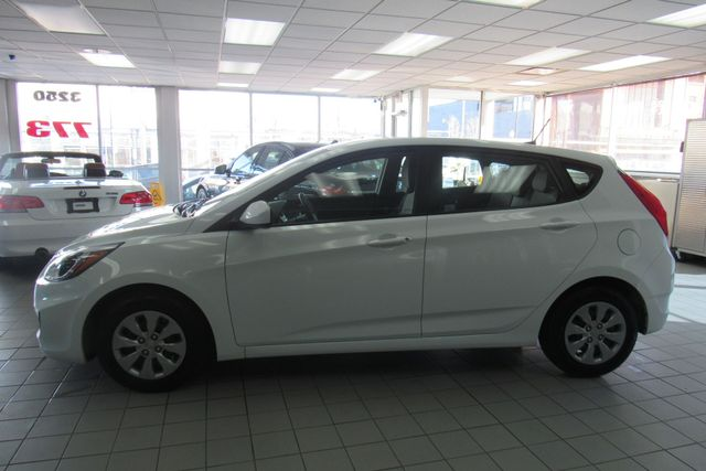 2017 Hyundai Accent SE Chicago, Illinois 3