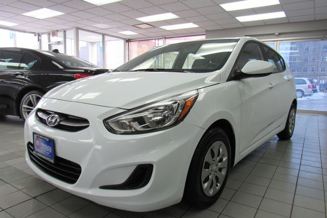 2017 Hyundai Accent SE Chicago, Illinois 4