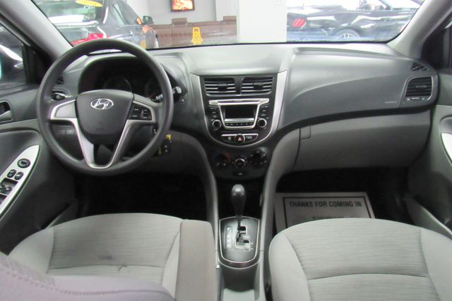 2017 Hyundai Accent SE Chicago, Illinois 13