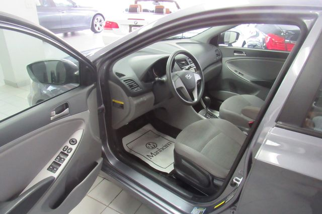 2017 Hyundai Accent SE Chicago, Illinois 19