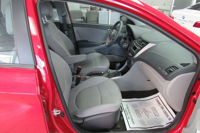 2017 Hyundai Accent SE Chicago, Illinois 18