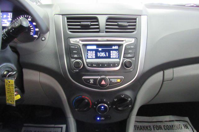 2017 Hyundai Accent SE Chicago, Illinois 31