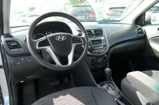 2017 Hyundai Accent SE Hialeah, Florida 11