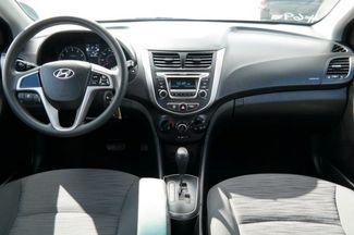 2017 Hyundai Accent SE Hialeah, Florida 25
