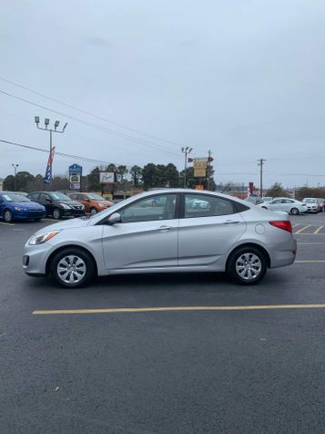 2017 Hyundai Accent SE | Hot Springs, AR | Central Auto Sales in Hot Springs, AR
