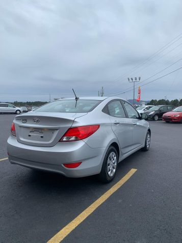 2017 Hyundai Accent SE   Hot Springs, AR   Central Auto Sales in Hot Springs, AR