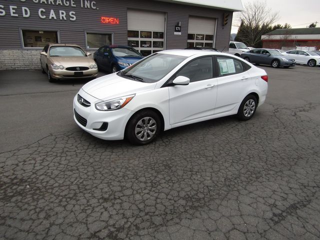 2017 Hyundai Accent SE in New Windsor, New York 12553