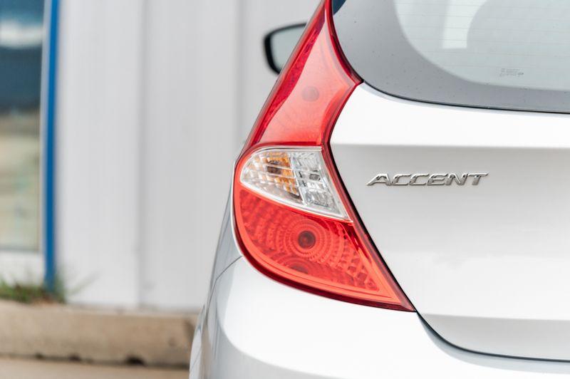 2017 Hyundai Accent SE LOW MILES/CLEAN CARFAX/ECONOMIC in Rowlett, Texas