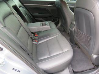 2017 Hyundai Elantra Limited Batesville, Mississippi 30