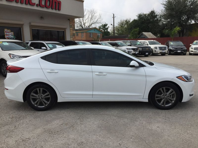 2017 Hyundai Elantra SE  Brownsville TX  English Motors  in Brownsville, TX