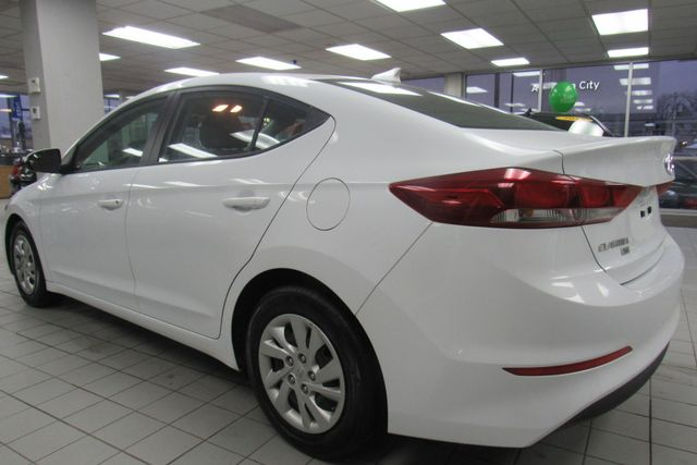 2017 Hyundai Elantra SE Chicago, Illinois 7
