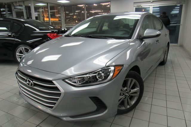 2017 Hyundai Elantra SE W/ NAVIGATION SYSTEM/ BACK UP CAM Chicago, Illinois 2