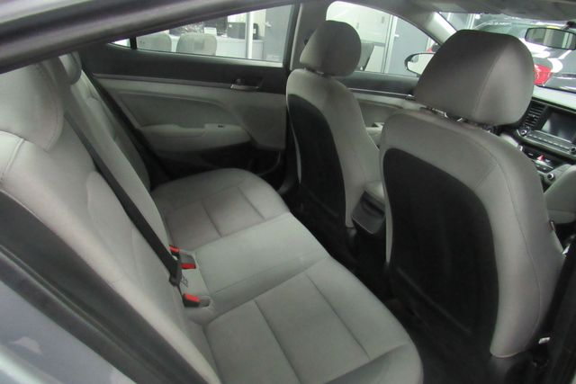 2017 Hyundai Elantra SE W/ NAVIGATION SYSTEM/ BACK UP CAM Chicago, Illinois 6