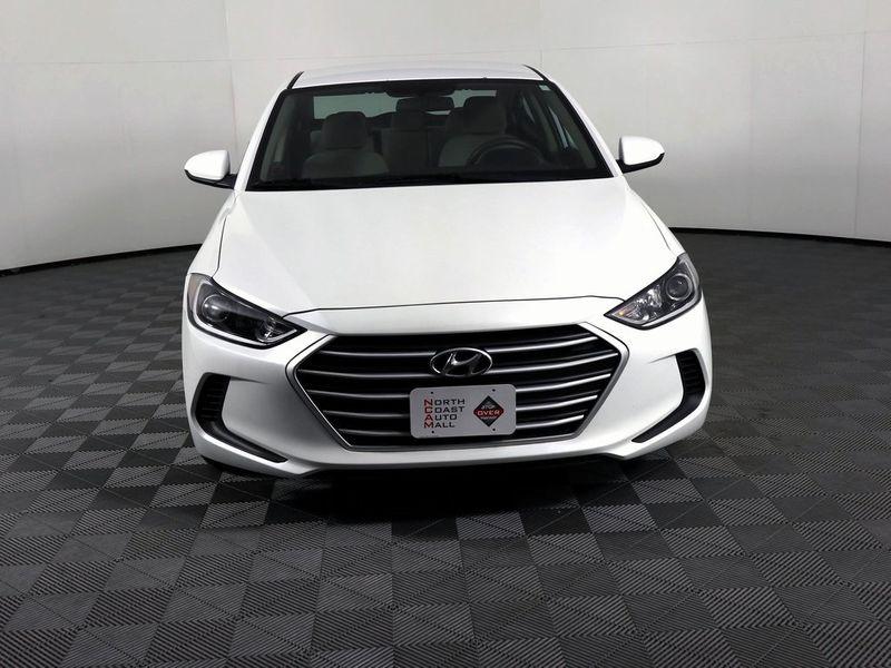 2017 Hyundai Elantra SE  city Ohio  North Coast Auto Mall of Cleveland  in Cleveland, Ohio