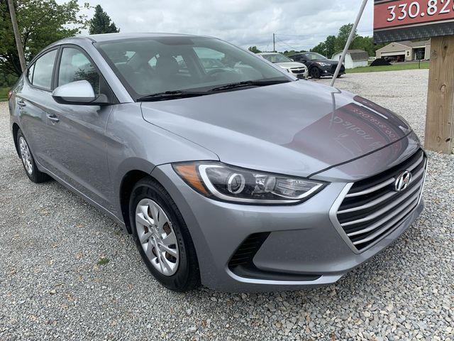 2017 Hyundai Elantra SE in Dalton, OH 44618