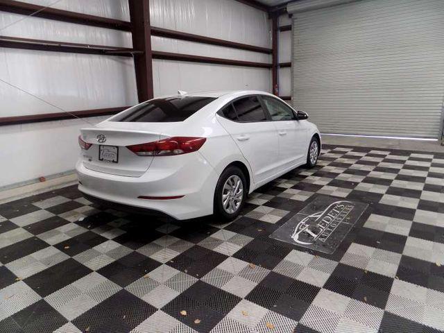 2017 Hyundai Elantra SE in Gonzales, Louisiana 70737