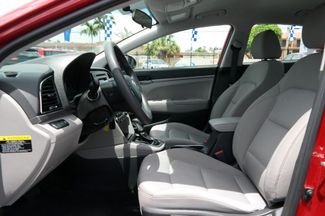 2017 Hyundai Elantra SE Hialeah, Florida 10