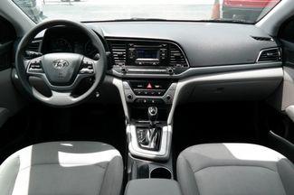 2017 Hyundai Elantra SE Hialeah, Florida 25