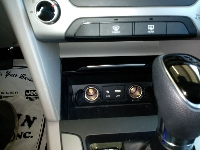2017 Hyundai Elantra SE Houston, Mississippi 19