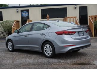 2017 Hyundai Elantra SE  city Texas  Vista Cars and Trucks  in Houston, Texas