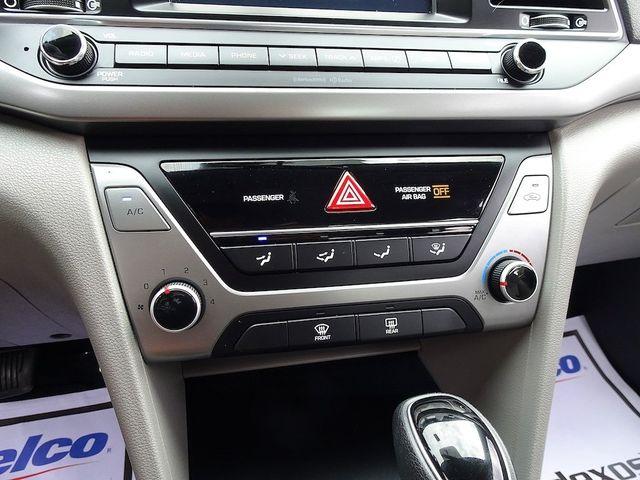 2017 Hyundai Elantra SE Madison, NC 19