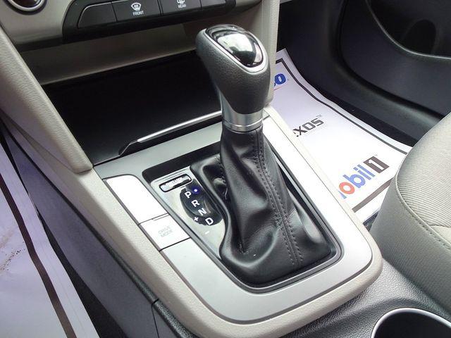 2017 Hyundai Elantra SE Madison, NC 20