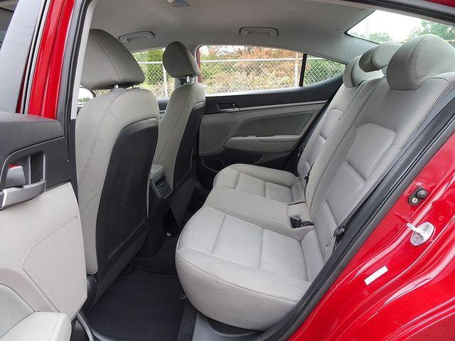 2017 Hyundai Elantra SE Madison, NC 26