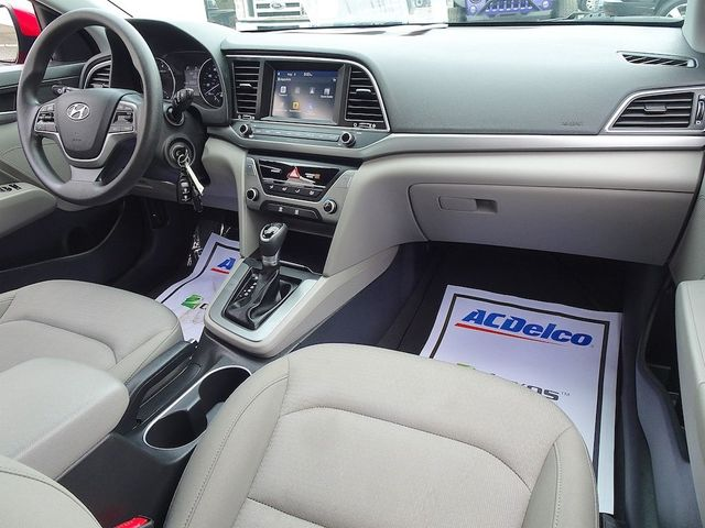2017 Hyundai Elantra SE Madison, NC 33