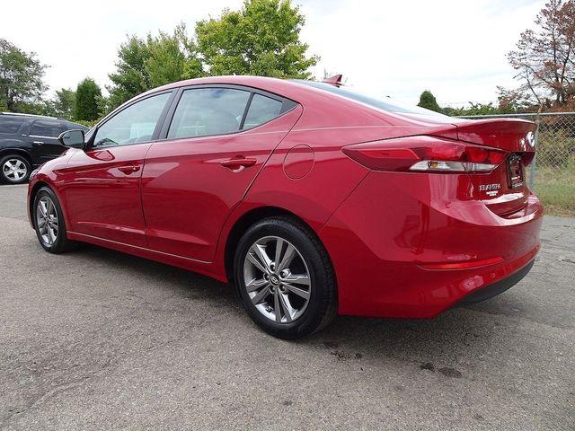 2017 Hyundai Elantra SE Madison, NC 4