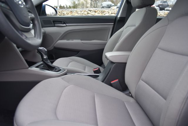 2017 Hyundai Elantra SE Naugatuck, Connecticut 19