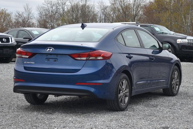 2017 Hyundai Elantra SE Naugatuck, Connecticut 4