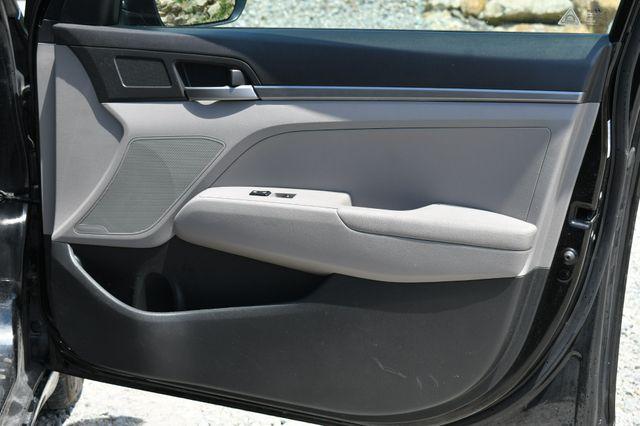 2017 Hyundai Elantra SE Naugatuck, Connecticut 3