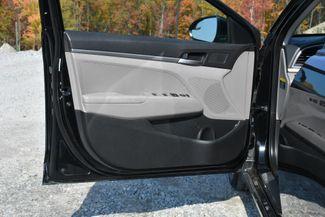 2017 Hyundai Elantra SE Naugatuck, Connecticut 15