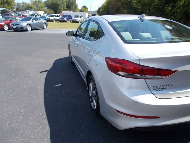 2017 Hyundai Elantra SE Shelbyville, TN 3