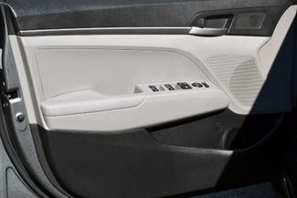 2017 Hyundai Elantra SE Waterbury, Connecticut 17